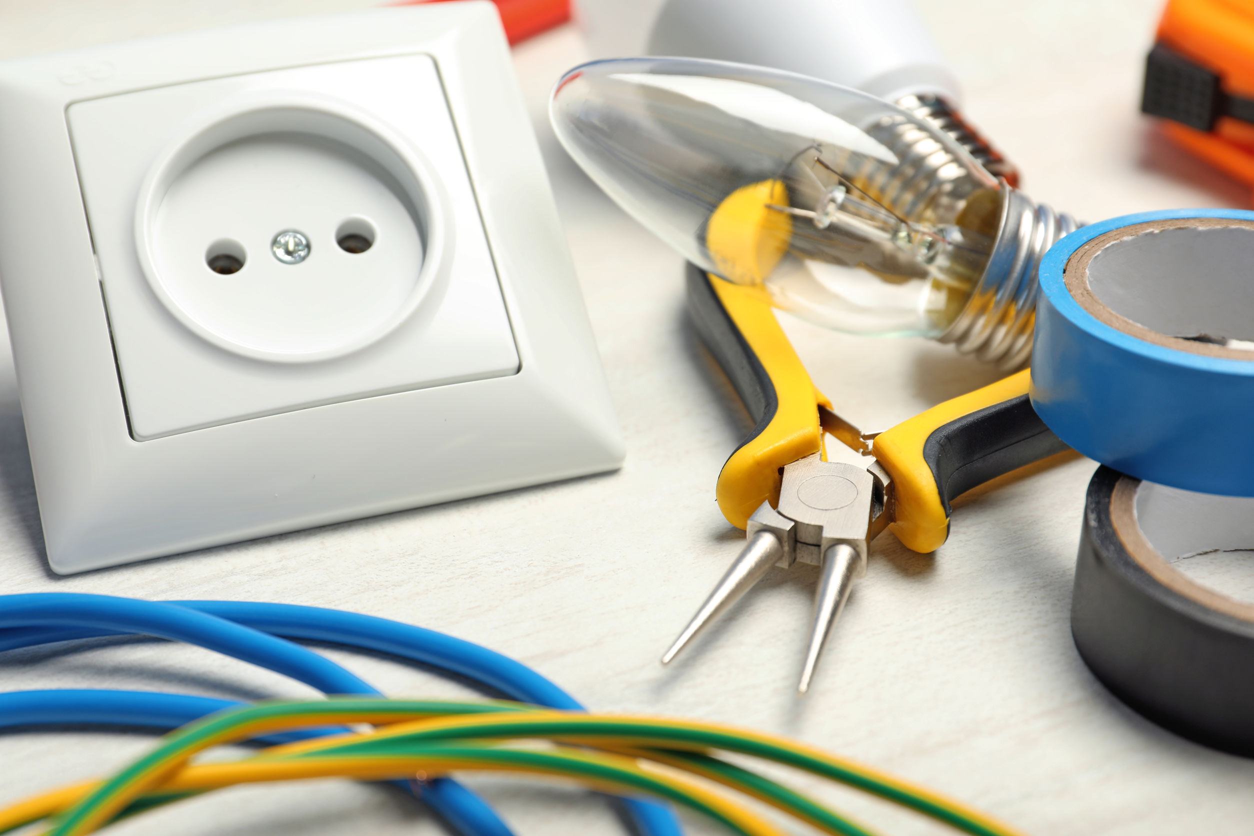 Factors to Consider When Choosing An Electrician